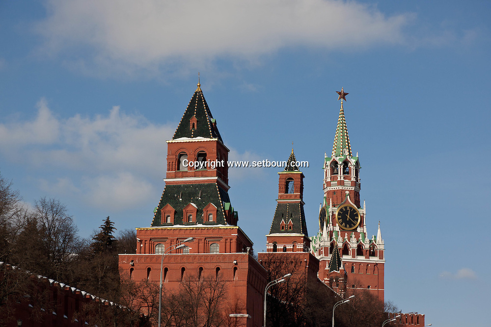 Clock tower of the Kremlin, Moskow Russia /// la tour de l horloge du Kremlin Moscou Russie