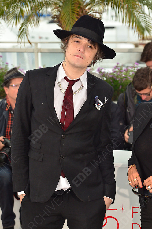 20.MAY.2012. CANNES<br /> <br /> PETE DOHERTY AT THE 'CONFESSION OF A CHILD OF THE CENTURY' PHOTOCALL AT THE 65TH CANNES FILM FESTIVAL IN CANNES, FRANCE.<br /> <br /> BYLINE: EDBIMAGEARCHIVE.COM<br /> <br /> *THIS IMAGE IS STRICTLY FOR UK NEWSPAPERS AND MAGAZINES ONLY*<br /> *FOR WORLD WIDE SALES AND WEB USE PLEASE CONTACT EDBIMAGEARCHIVE - 0208 954 5968*