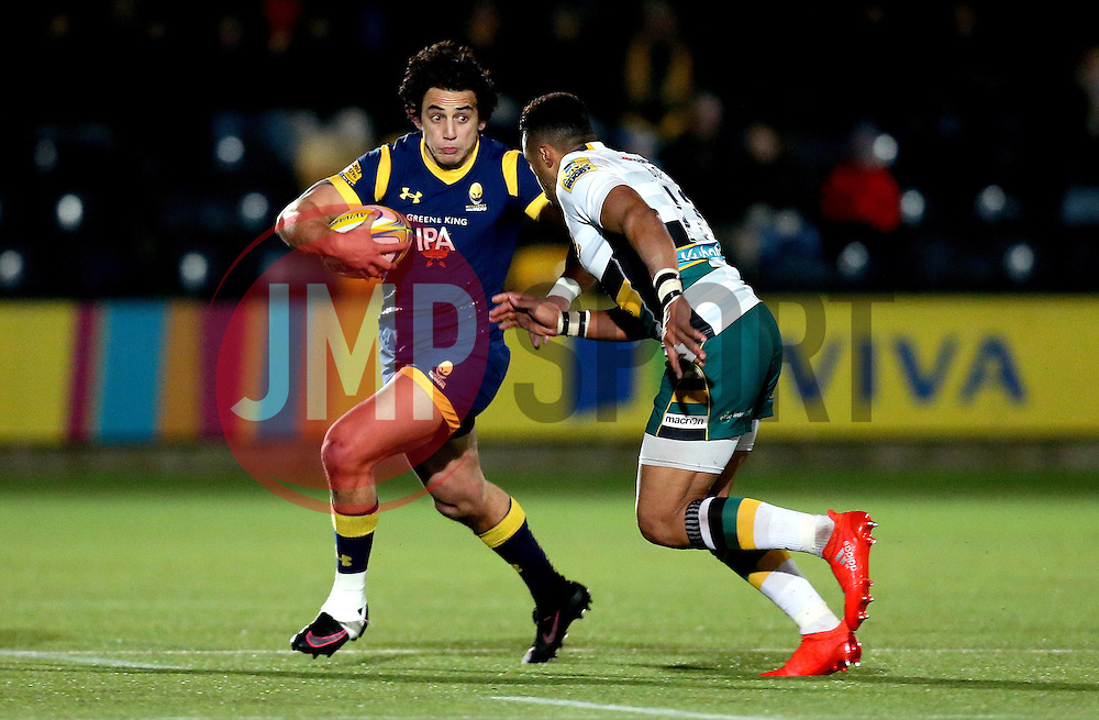 Bryce Heem of Worcester Warriors takes on Luther Burrell of Northampton Saints - Mandatory by-line: Robbie Stephenson/JMP - 18/11/2016 - RUGBY - Sixways Stadium - Worcester, England - Worcester Warriors v Northampton Saints - Aviva Premiership