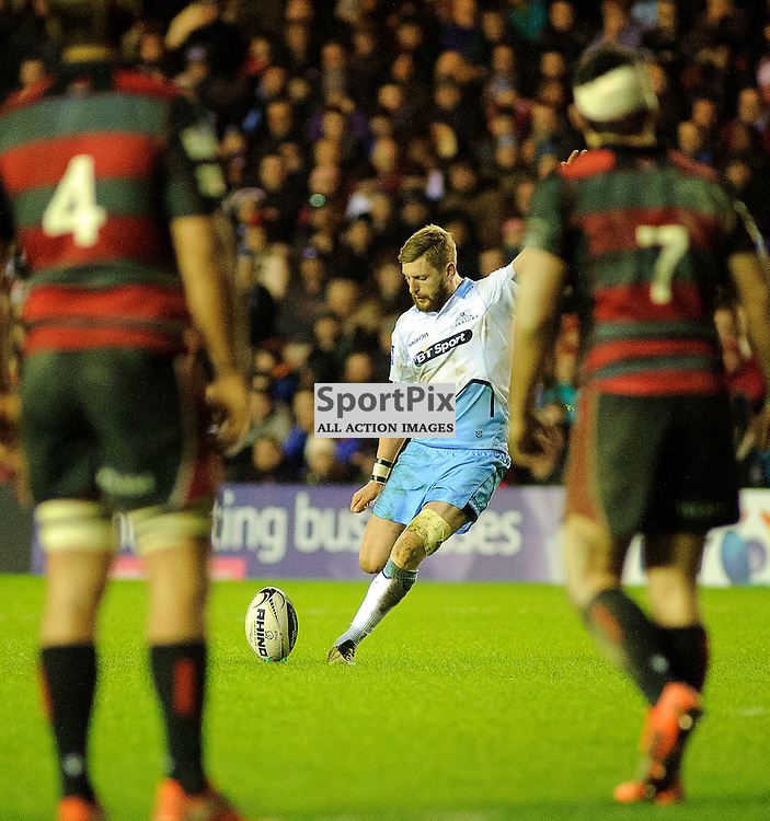 27/12/2015, Murrayfield, Scotland, Finn Russell kicks a penalty during the Edinburgh Rugby v Glasgow Warriors Guinness PRO12 & 1872 Cup game, ......(c) COLIN LUNN | SportPix.org.uk