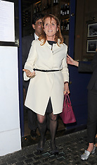 London: Sarah Ferguson out to dinner with Daughters - 25 April 2017