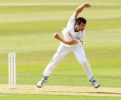 Hampshire's James Tomlinson bowls - Photo mandatory by-line: Robbie Stephenson/JMP - Mobile: 07966 386802 - 21/06/2015 - SPORT - Cricket - Southampton - The Ageas Bowl - Hampshire v Somerset - County Championship Division One