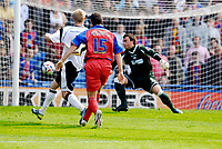 Photo: Alan Crowhurst.<br />Crystal Palace v Derby County. Coca Cola Championship. 29/04/2007. Mark Kennedy of Palace (C) scores the second 2-0.
