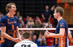 12-05-2019 NED: Abiant Lycurgus - Achterhoek Orion, Groningen<br /> Final Round 5 of 5 Eredivisie volleyball, Orion wins Dutch title after thriller against Lycurgus 3-2 / Twan Wiltenburg #9 of Orion, Pim Kamps #7 of Orion