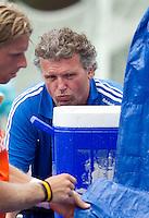 UTRECHT - keeperstrainer ,zaterdag tijdens de  hockey interland tussen de mannen van Nederland en Duitsland (4-2). COPYRIGHT KOEN SUYK