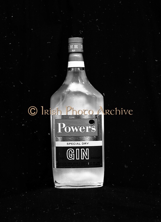 22-23/06/1965<br /> 06/22-23/1965<br /> 22-23 June 1965<br /> Winning packages for the Irish Packaging Institute. Bottle of Powers Dry Gin.