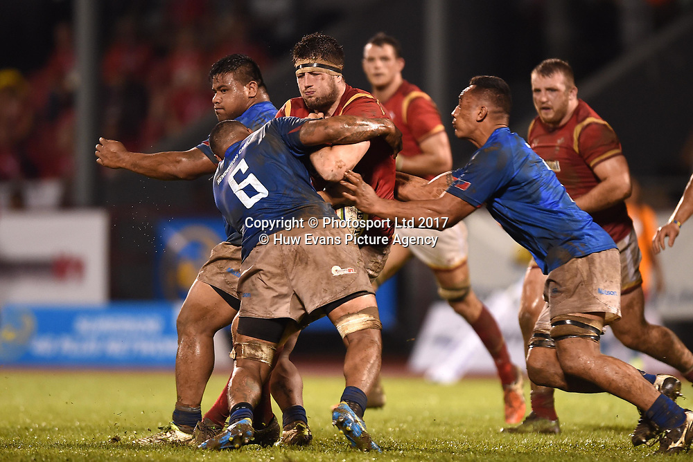 23.06.17 - Samoa v Wales -<br /> Rory Thornton of Wales takes on Piula Faasalele of Samoa.<br /> Copyright photo: Ben Evans / www.photosport.nz
