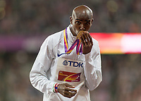 Athletics - 2017 IAAF London World Athletics Championships - Day One<br /> <br /> Event: Men's 10000 Metre Final<br /> <br /> Mo Farah (GBR) Kisses his gold medal<br /> <br /> COLORSPORT/DANIEL BEARHAM