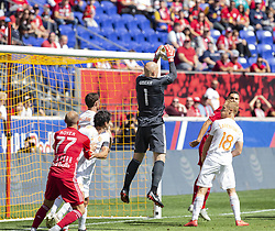 September 30, 2018 - Harrison, New Jersey, United States - Goalkeer Brad Guzan (90) of Atlanta United FC saves during regular MLS game against Red Bulls at Red Bull Arena Red Bulls won 2 - 0  (Credit Image: © Lev Radin/Pacific Press via ZUMA Wire)