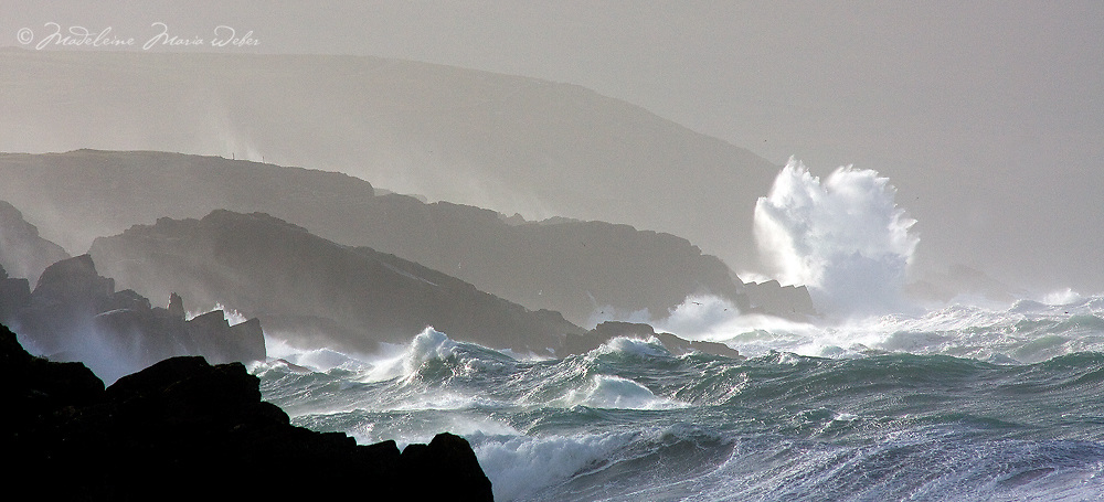 Stormy irish weather at southwest coastline of County Kerry, Ireland / sm012