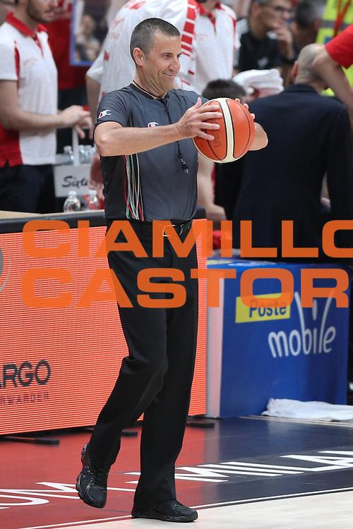 Begnis Roberto arbitro, EA7 Emporio Armani Milano vs Energia Dolomiti Trentino LBA Serie A Playoff Semifinale gara 5 stagione 2016/2017 Mediolanum Forum Assago, Milano 2 giugno 2017