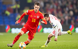 CARDIFF, WALES - Tuesday, November 19, 2019: Wales' Aaron Ramsey during the final UEFA Euro 2020 Qualifying Group E match between Wales and Hungary at the Cardiff City Stadium. (Pic by Laura Malkin/Propaganda)