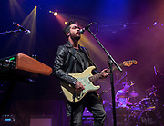 Barns Courtney perform on February 12, 2019 at the Hollywood Palladium in Los Angeles, California (Photo: Charlie Steffens/Gnarlyfotos)