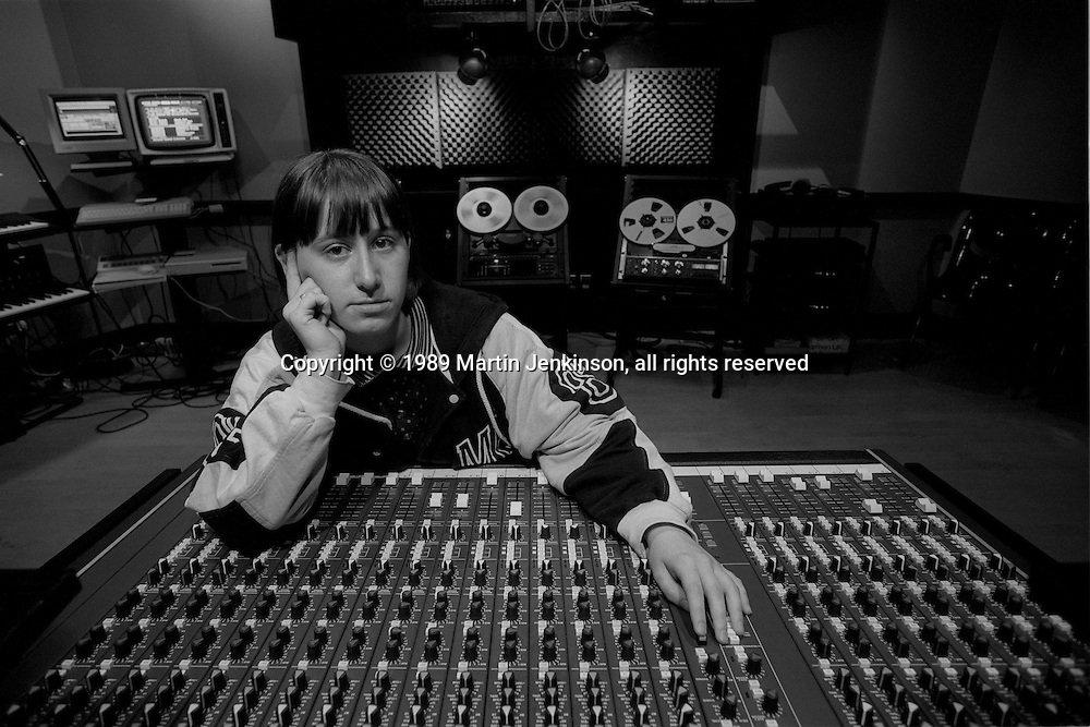 Jane Kitson at Sheffield City Council's Red Tape Recording Studios. Sheffield 18-08-89