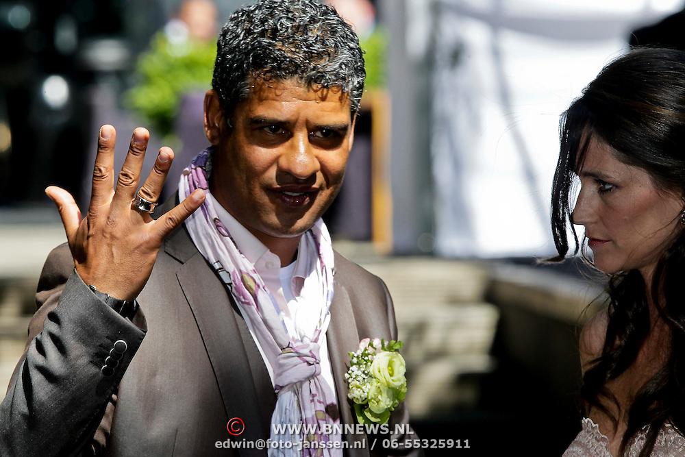 NLD/Amsterdam/20100603 - Huwelijk voetbaltrainer Frank Rijkaard en voormalig kindermeisje Stefanie Rucker,