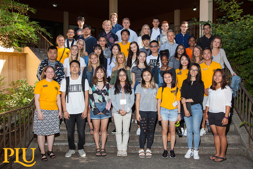 Move-in and new student orientation at PLU, Friday, Sept. 1, 2017. (Photo: John Froschauer/PLU)