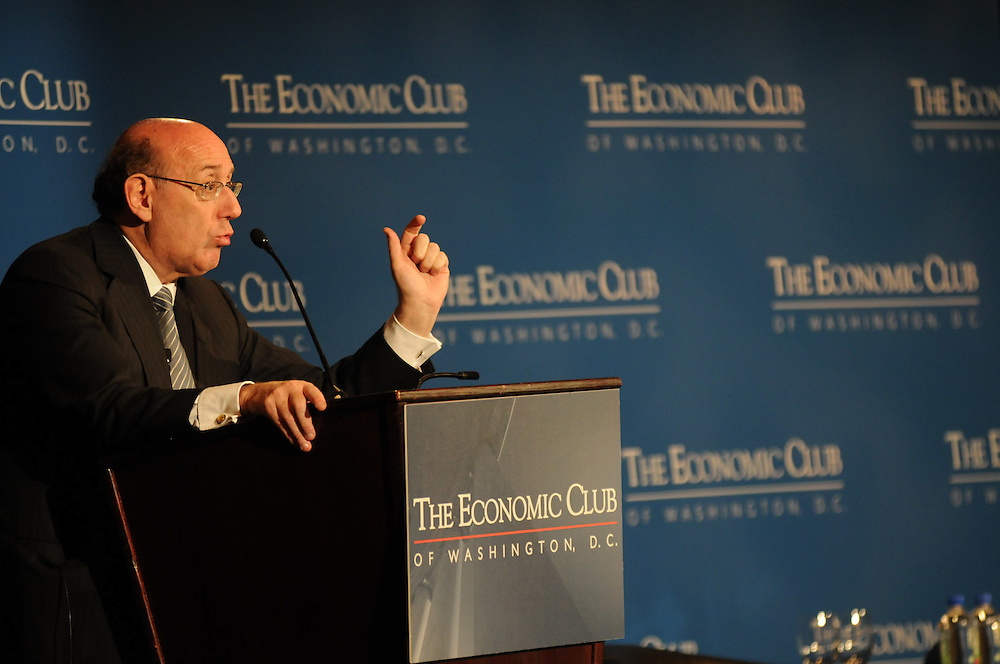 Special TARP Master, Kenneth Feinberg addresses a standing room only crowd of the Economic Club of Washington at the Renaissance Hotel in Washington DC