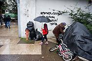 Roma 19 Gennaio 2014<br /> Sgomberato dalla polizia un capannone occupato abitato  da 60 rom romeni, di cui 20 minori, al quartiere Casalbertone.<br /> Rome January 19, 2014 <br />  The police  has  clear out  a shed occupied  inhabited by 60 Romanian Roma, including 20 minors, to the  district Casalbertone.