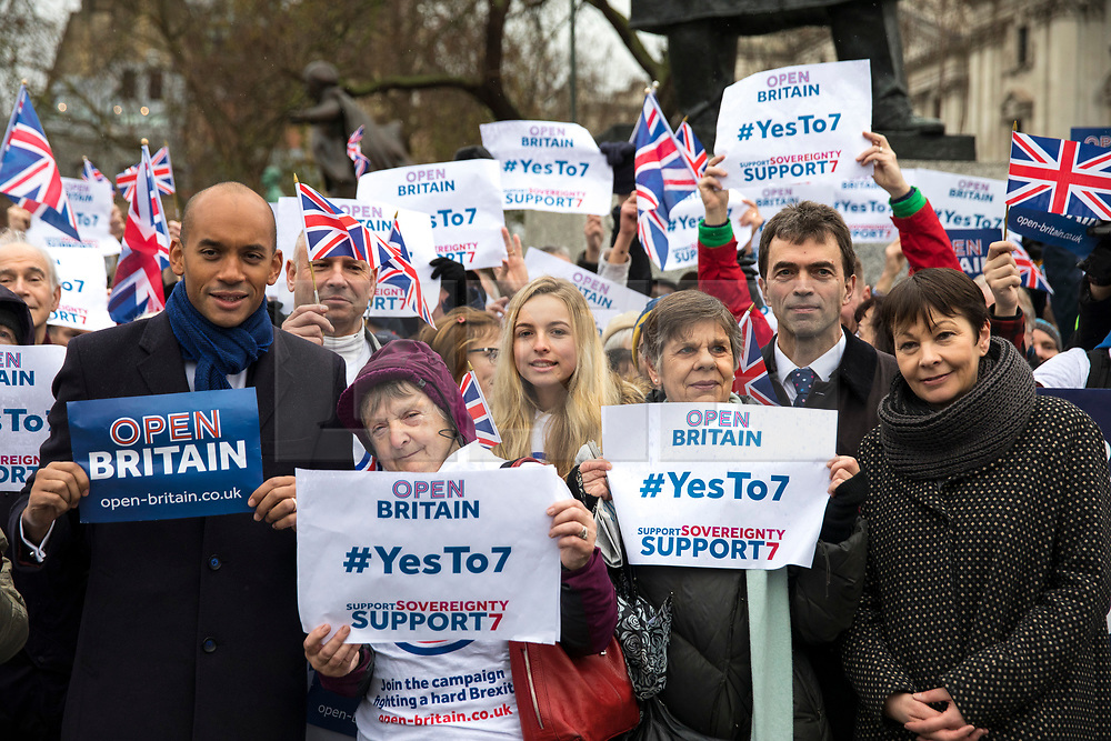 © Licensed to London News Pictures. 13/12/2017. London, UK. Chuka Umunna MP (L), Caroline Lucas MP (R) and Tom Brake MP (2-R) at a rally in support of Amendment 7 to the EU Withdrawal Bill. Photo credit: Rob Pinney/LNP