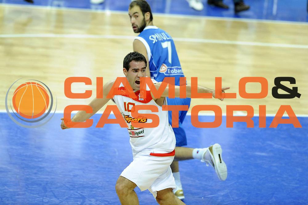 DESCRIZIONE : Katowice Poland Polonia Eurobasket Men 2009 Semifinale Semifinal Spagna Spain Grecia Greece<br /> GIOCATORE : Carlos Cabezas<br /> SQUADRA : Spagna Spain<br /> EVENTO : Eurobasket Men 2009<br /> GARA : Spagna Spain Grecia Greece<br /> DATA : 19/09/2009 <br /> CATEGORIA :<br /> SPORT : Pallacanestro <br /> AUTORE : Agenzia Ciamillo-Castoria/G.Ciamillo<br /> Galleria : Eurobasket Men 2009 <br /> Fotonotizia : Katowice  Poland Polonia Eurobasket Men 2009 Semifinale Semifinal Spagna Spain Grecia Greece<br /> Predefinita :