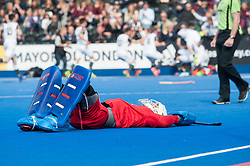 A dejected James Bailey of Wimbledon after the shoot out. Wimbledon v Surbiton - Men's Hockey League Final, Lee Valley Hockey & Tennis Centre, London, UK on 23 April 2017. Photo: Simon Parker