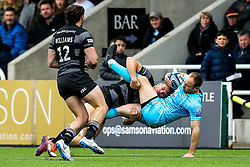 Chris Pennell of Worcester Warriors is tackled by Chris Harris of Newcastle Falcons - Mandatory by-line: Robbie Stephenson/JMP - 03/03/2019 - RUGBY - Kingston Park - Newcastle upon Tyne, England - Newcastle Falcons v Worcester Warriors - Gallagher Premiership Rugby