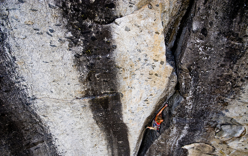 Kate Rutherford on Tales of Power 5.12b Yosemite