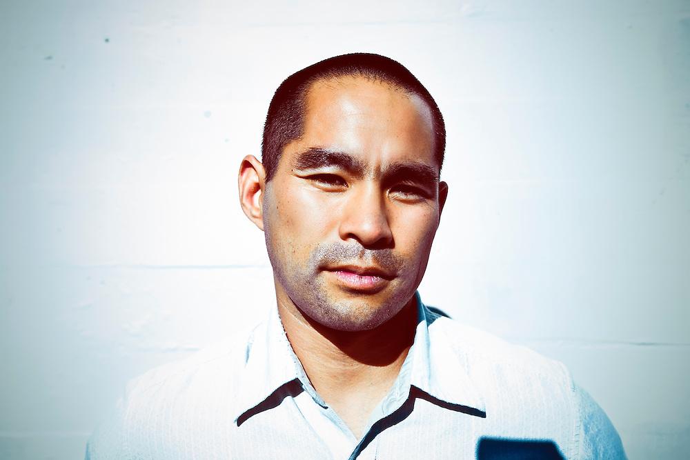 Singer/songwriter Curt Yagi outside studio before performance Berkeley, CA.  Copyright 2009 Reid McNally.