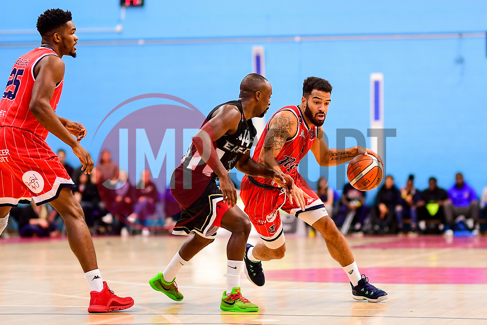 Lewis Champion of Bristol Flyers is marked by Rahmon Fletcher of Newcastle Eagles - Photo mandatory by-line: Ryan Hiscott/JMP - 03/11/2018 - BASKETBALL - SGS Wise Arena - Bristol, England - Bristol Flyers v Newcastle Eagles - British Basketball League Championship