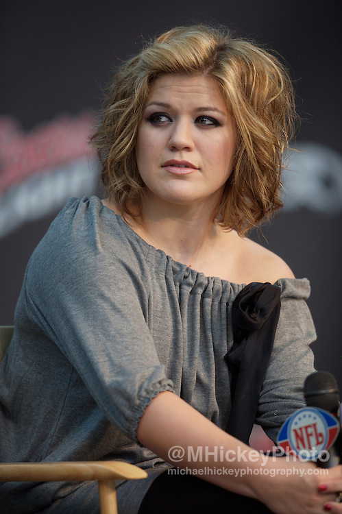 Kelly Clarkson seen at the 2007 NFL Kickoff Concert press conference in Indianapolis, Indiana on September 5, 2007. Photo by Michael Hickey
