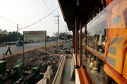 BANGLADESH MADHOM BIBIR HAT 6MARB05 - One of the many marine stores selling maritime hardware that has come off ocean-going vessels that have been beached and broken for scrap metal at Madhom Bibir Hat outside Chittagong, Bangladesh...jre/Photo by Jiri Rezac..© Jiri Rezac 2005..Contact: +44 (0) 7050 110 417.Mobile: +44 (0) 7801 337 683.Office: +44 (0) 20 8968 9635..Email: jiri@jirirezac.com.Web: www.jirirezac.com..© All images Jiri Rezac 2005 - All rights reserved.