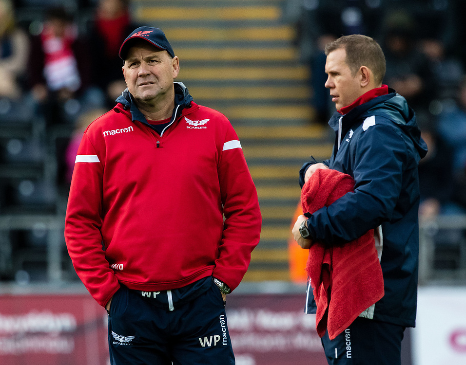Head Coach Wayne Pivac of Scarlets during the pre match warm up<br /> <br /> Photographer Simon King/Replay Images<br /> <br /> Guinness PRO14 Round 11 - Ospreys v Scarlets - Saturday 22nd December 2018 - Liberty Stadium - Swansea<br /> <br /> World Copyright © Replay Images . All rights reserved. info@replayimages.co.uk - http://replayimages.co.uk