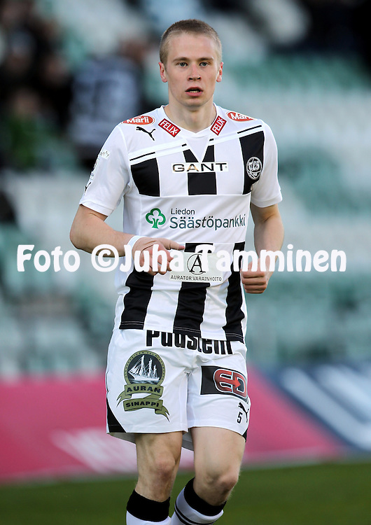 6.5.2011, Veritas stadion, Kupittaa, Turku..Veikkausliiga 2011, FC TPS Turku - FC HJK Helsinki..Juho L?hde - TPS.©Juha Tamminen.