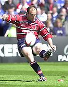 Sport - Rugby 28/04/2002 Parker Pen Shield - Semi-Final.Gloucester vs Sale - Franklin Gardens - Northampton.Ludovic Mercier, kicks a first half penalty..[Mandatory Credit, Peter Spurier/ Intersport Images].