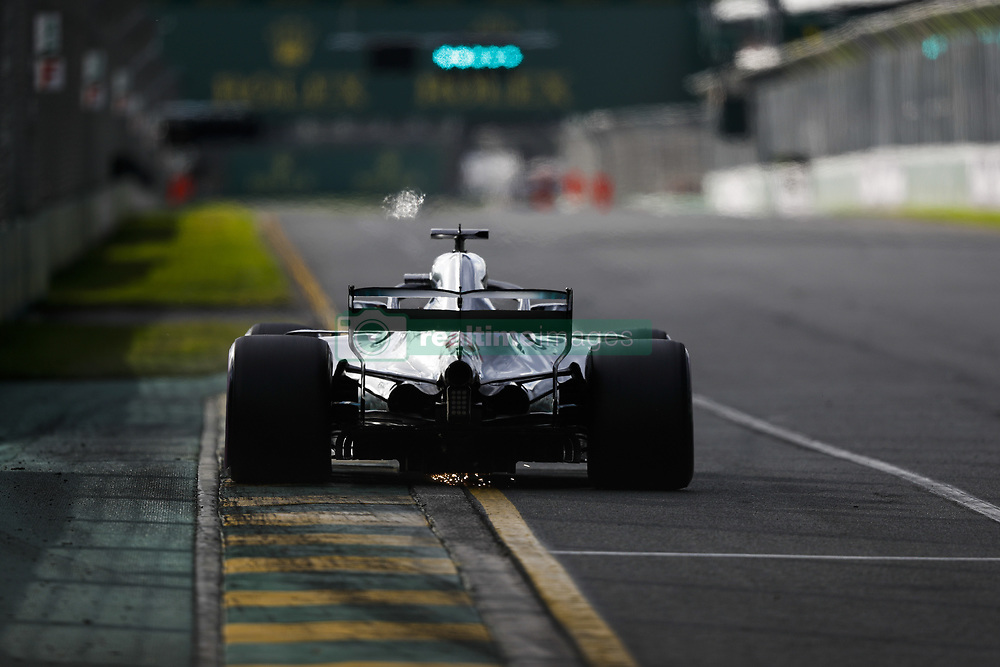 March 24, 2018 - Melbourne, Victoria, Australia - HAMILTON Lewis (gbr), Mercedes AMG F1 Petronas GP W09 Hybrid EQ Power+, action during 2018 Formula 1 championship at Melbourne, Australian Grand Prix, from March 22 To 25 - s: FIA Formula One World Championship 2018, Melbourne, Victoria : Motorsports: Formula 1 2018 Rolex  Australian Grand Prix, (Credit Image: © Hoch Zwei via ZUMA Wire)