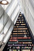Milan, Fondazione Feltrinelli, public library.