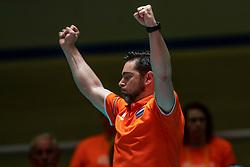 30-05-2019 NED: Volleyball Nations League Netherlands - Poland, Apeldoorn<br /> Ass coach Alessandro Beltrami of Netherlands