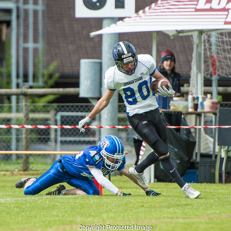 Luzern Lions Enrico Tesan (80) with the first touchdown run in the match against the Zürich Renegades