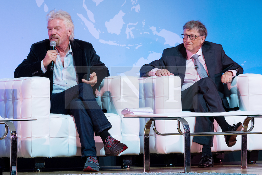 "© Licensed to London News Pictures. 26/10/2016. SIR RICHARD BRANSON and BILL GATES speak at the Joint Session Grand Challenges and Keystone Symposia ""Translational Vaccinology in Global Health"" conferences, October 26, 2016, London, UK."" London, UK. Photo credit: Ray Tang/LNP"