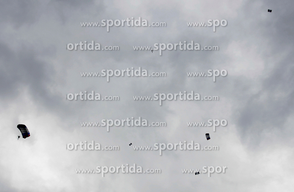 Parachuters in air, on September 21, 2005, in Lesce-Bled, Slovenia. (Photo by Vid Ponikvar / Sportal Images)