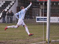 FODBOLD: Casper Sørensen (Helsingør) jubler efter sit andet mål under kampen i Danmarksserien, pulje 1, mellem HB Køge og Elite 3000 Helsingør den 1. april 2010 på Køge Stadion. Foto: Claus Birch