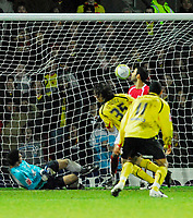 Photo: Leigh Quinnell/Sportsbeat Images.<br /> Watford v Bristol City. Coca Cola Championship. 01/12/2007. Watfords John-Joe O'Toole(35) scores for Watford.