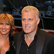 NLD/Amsterdam/20081024 - Uitreiking Televizier gala 2008, Peter R. de Vries en partner Angelique Schuitemaker