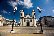 Oliveira_MG, Brasil...Igreja Matriz Nossa Senhora de Oliveira em Oliveira...The Nossa Senhora de Oliveira mother church in Oliveira...Foto: LEO DRUMOND / NITRO