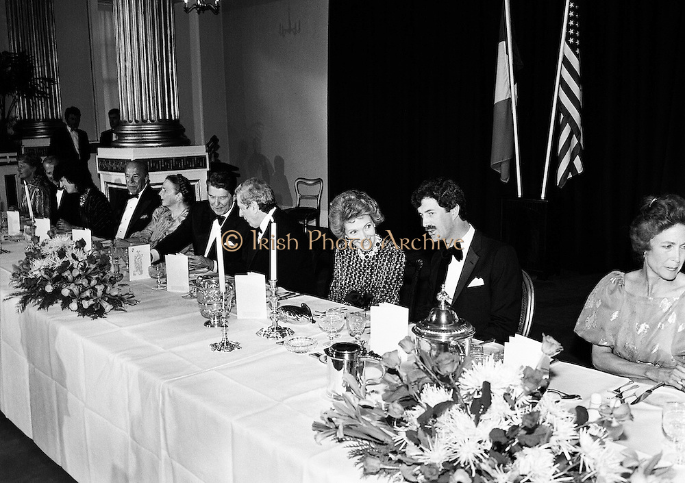 A banquet for the visit of President and Mrs Reagan was held in Dublin Castle, Dame Street, Dublin. Here Ronald and Nancy Reagan engage Taoiseach Garret FitzGerald and Tánaiste Dick Spring in conversation.<br /> 4 June 1984