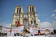 Manifestations de soutien aux chrétiens d'Irak à Paris.