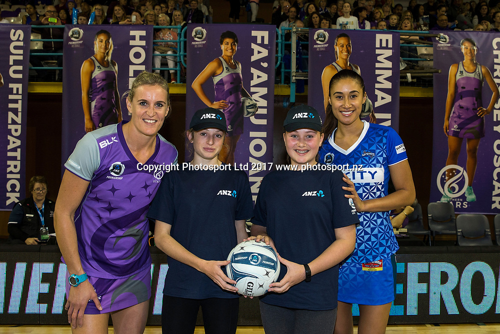 Captain Leana de Bruin of the Stars (L) with ANZ Future Captains Cassidy Allen and Breanna Hanlon-Judd and Captain Maria Tutaia of the Mystics before the ANZ Premiership netball match between the Northern Stars and Skycity Mystics at ASB Kohimarama, Auckland, New Zealand,   Wednesday, May 17, 2017. Copyright photo: David Rowland / www.photosport.nz