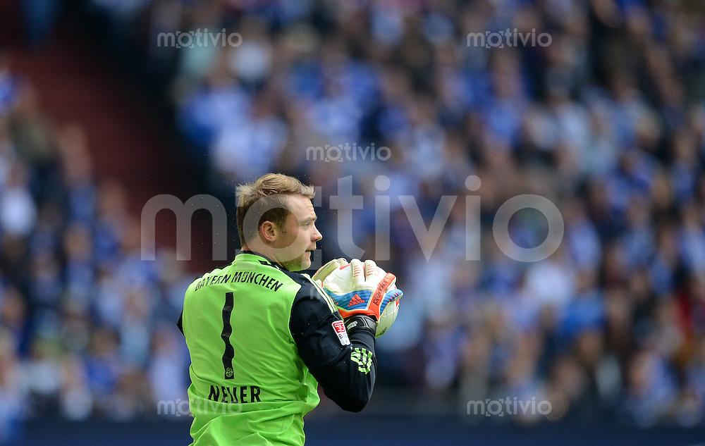 FUSSBALL   1. BUNDESLIGA  SAISON 2012/2013   4. Spieltag FC Schalke 04 - FC Bayern Muenchen      22.09.2012 Torwart Manuel Neuer (FC Bayern Muenchen)