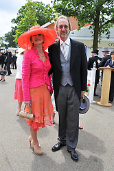 MIKE & ANGIE RUTHERFORD at day 2 of the 2011 Royal Ascot Racing festival at Ascot Racecourse, Ascot, Berkshire on 15th June 2011.