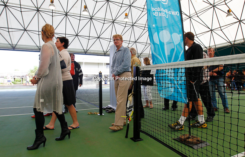 Official opening of the new indoor Manukau Tennis Centre, Manukau Sports Bowl, Auckland New Zealand, Saturday 14 April 2012. Photo: Simon Watts / photosport.co.nz